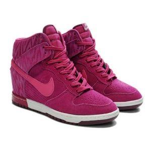 🆕️ Nike Dunk Sky Hi Wedge sneaker boots